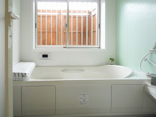 田原市ここちeeハウス浴室10