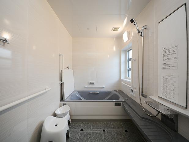 田原市ここちeeハウス浴室4