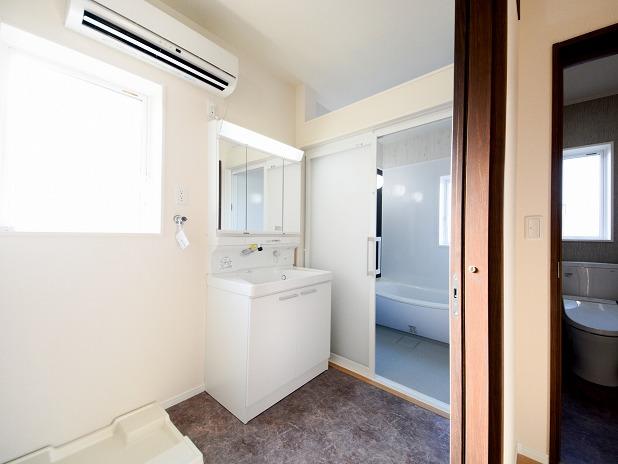 田原市ここちeeハウス浴室1